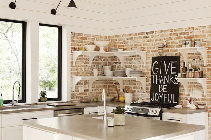 декоративни тухли в кухнята
